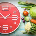 Интервальные голодания: стоит себя изнурять «чудо-диетой»?